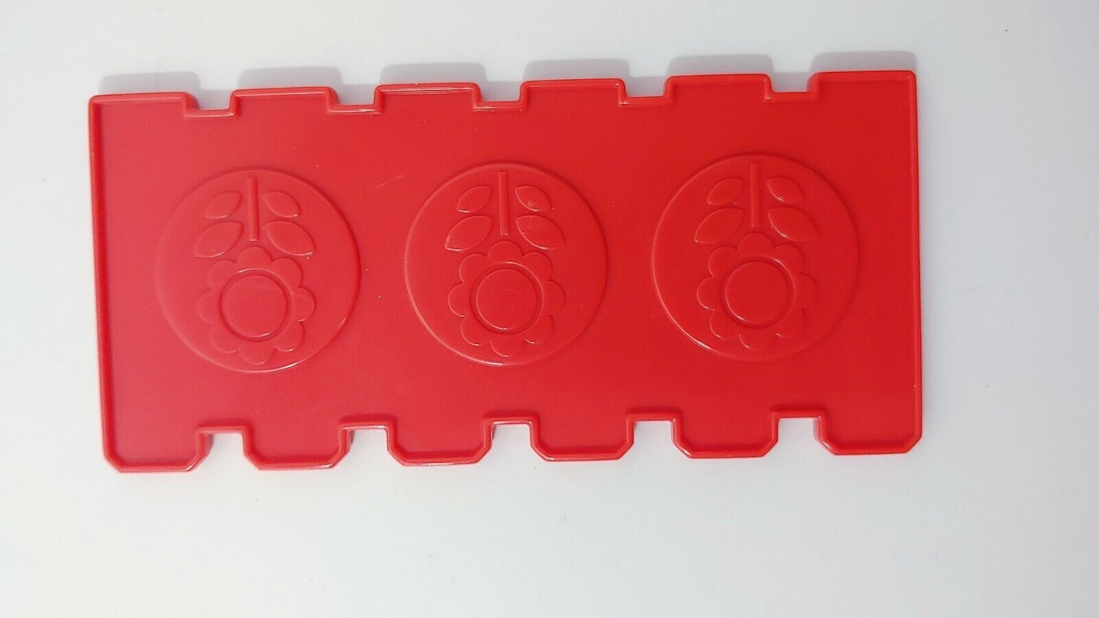 Fisher Price Barnyard Bingo game replacement fence board card red USED image 2