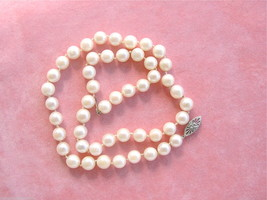 """VINTAGE 7.4 - 7.8mm SALTWATER PEARL SINGLE STRAND SIMPLE CLASP 18"""" NECKL... - $320.66"""