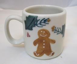 1984 Gingerbread Man & Holly Pottery Tiny Christmas Coffee Mug 2 3/4 In ... - $28.70