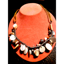 Beautiful~Vtg~Natural Stone Necklace - $20.79