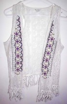 LOVE ON A HANGER Lace Vest Sz L/XL Women White Lace Embroidered Fringed ... - $16.82