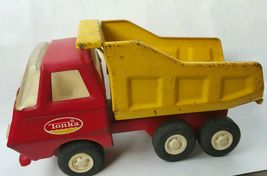 Vintage RED/YELLOW Toy Tonka Dump Truck Mound Minn 55010 Pressed Steel - $18.81