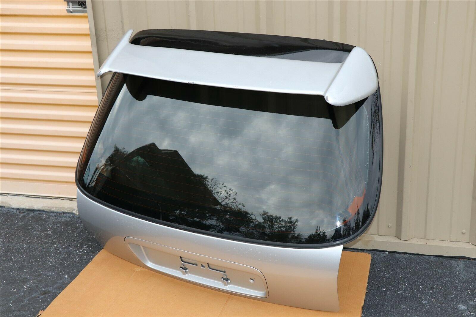 Part: 96-00 Honda Civic EK3 Rear Hatch Tailgate Liftgate Trunk Lid W/Spoiler