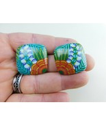 Vintage Earrings Plastic Froral Pattern Disc Square Post  A16 - $12.86