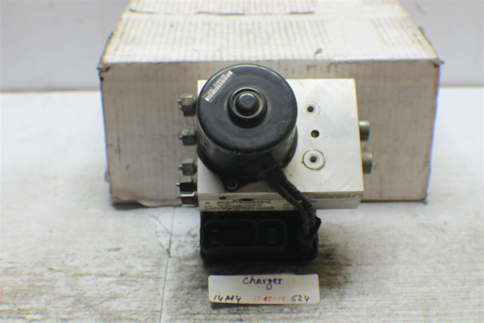 Primary image for 2004-2005 Chevrolet Concord ABS Pump Control OEM 4779149 Module 624 14M4