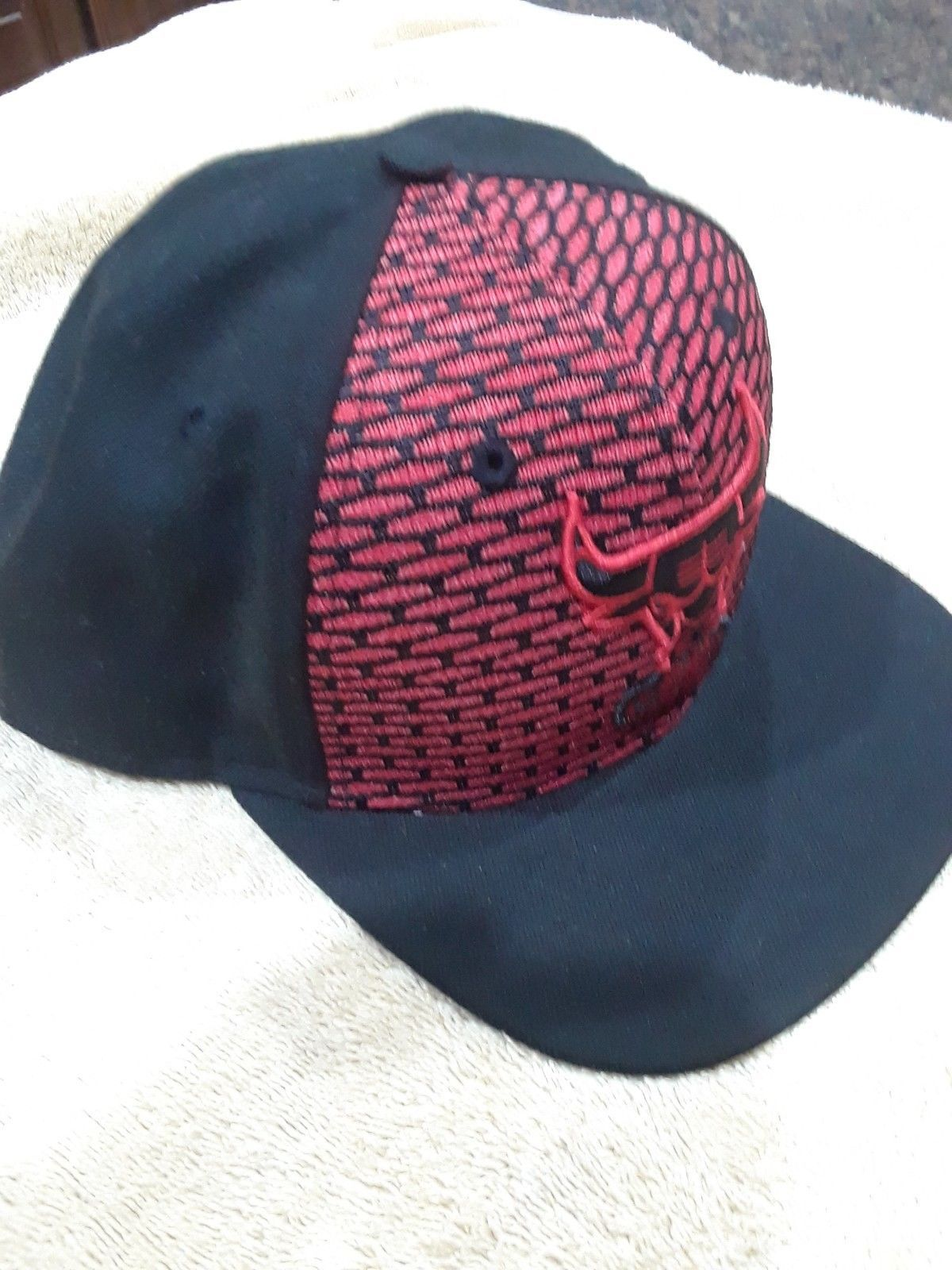 CHICAGO BULLS New Era 9FIFTY Black Red WINDY CITY Adjustable CAP HAT NBA
