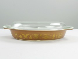 Pyrex Early American Gold on Brown 1 1/2 Quart Divided Dish with Lid, Vi... - $12.25