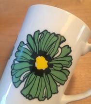 Vintage 70s Graphic Flower pedestal mug- set of 3 image 5