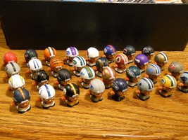 NFL FOOTBALL QUARTERBACKS TEENYMATES FIGURES SERIES 1 -  PICK YOUR FOOTB... - $0.99+