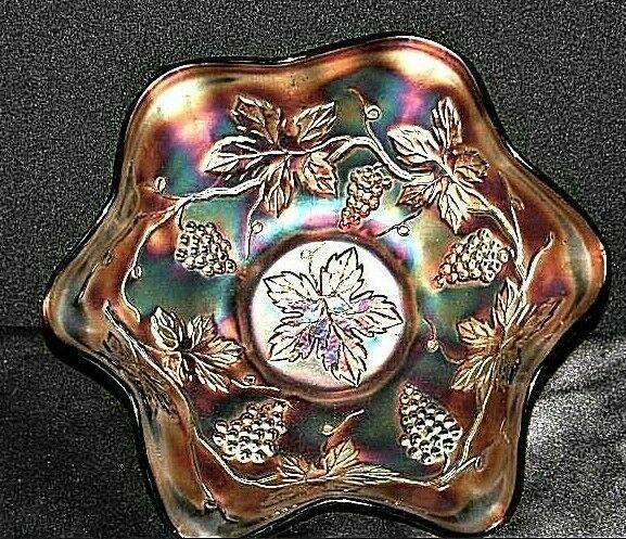 Fenton Purple (Amethyst Color) Carnival Glass AA19-CD0002 Vintage