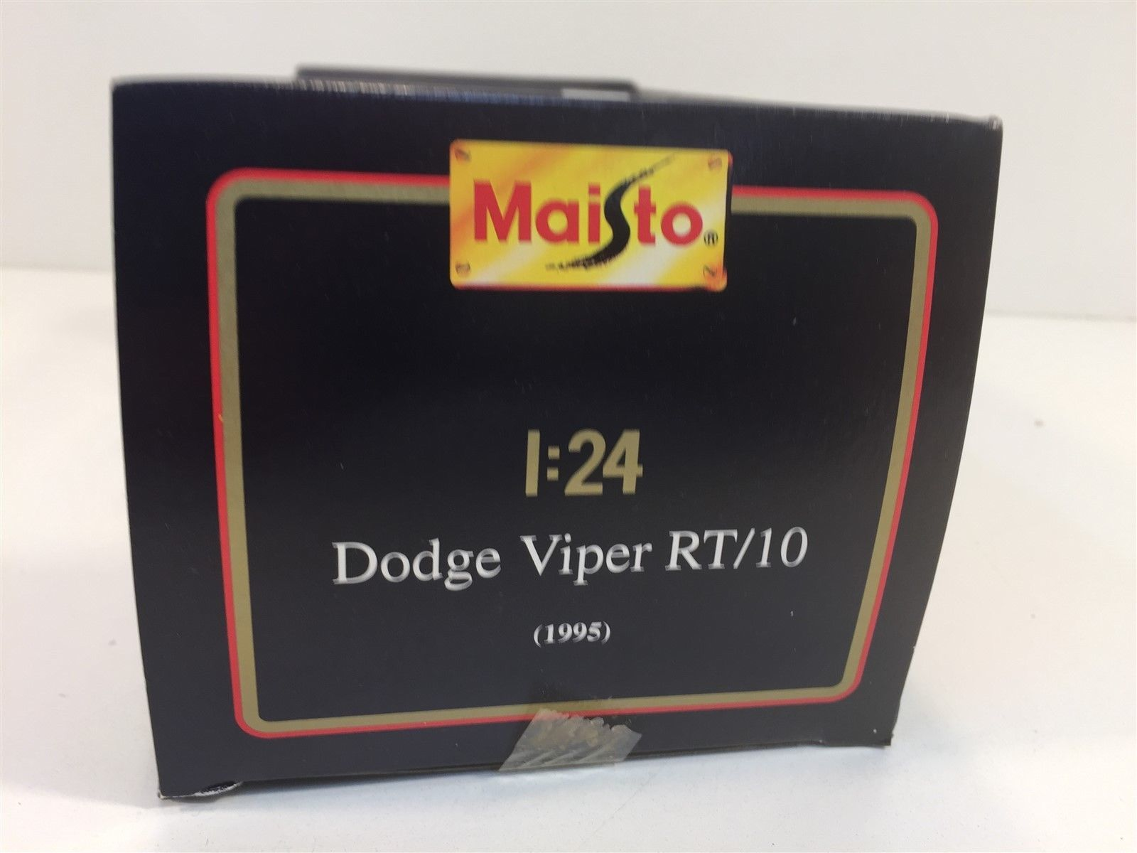 1995 Dodge Viper RT/10 Red Maisto 1:24 NIB Die Cast Metal with Plastic Parts