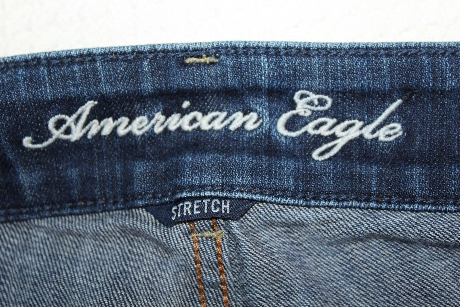 "AMERICAN EAGLE ""Artist"" Women's Size 2 Flare Boot Cut Stretch Jeans 32"" Inseam"