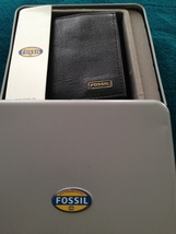 fossil trifold wallet black genuine leather with window - $59.99