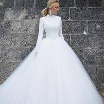 Designer High Neck Long Sleeve Winter Ball Gown Lace Tulle A-Line Princess Brida