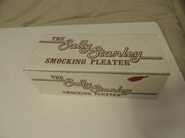 Sally Stanley Smocking Pleater 24-Row Needles Manual & Box EUC image 2