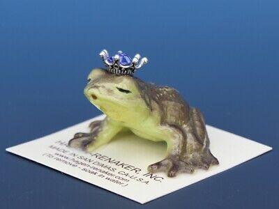 Birthstone Frog Prince Kissing September Sapphire Miniatures by Hagen-Renaker