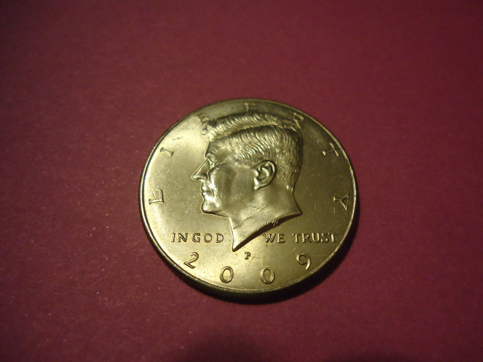 Primary image for 2009-P KENNEDY HALF DOLLAR  **L@@K**   >>COMBINED SHIPPING<