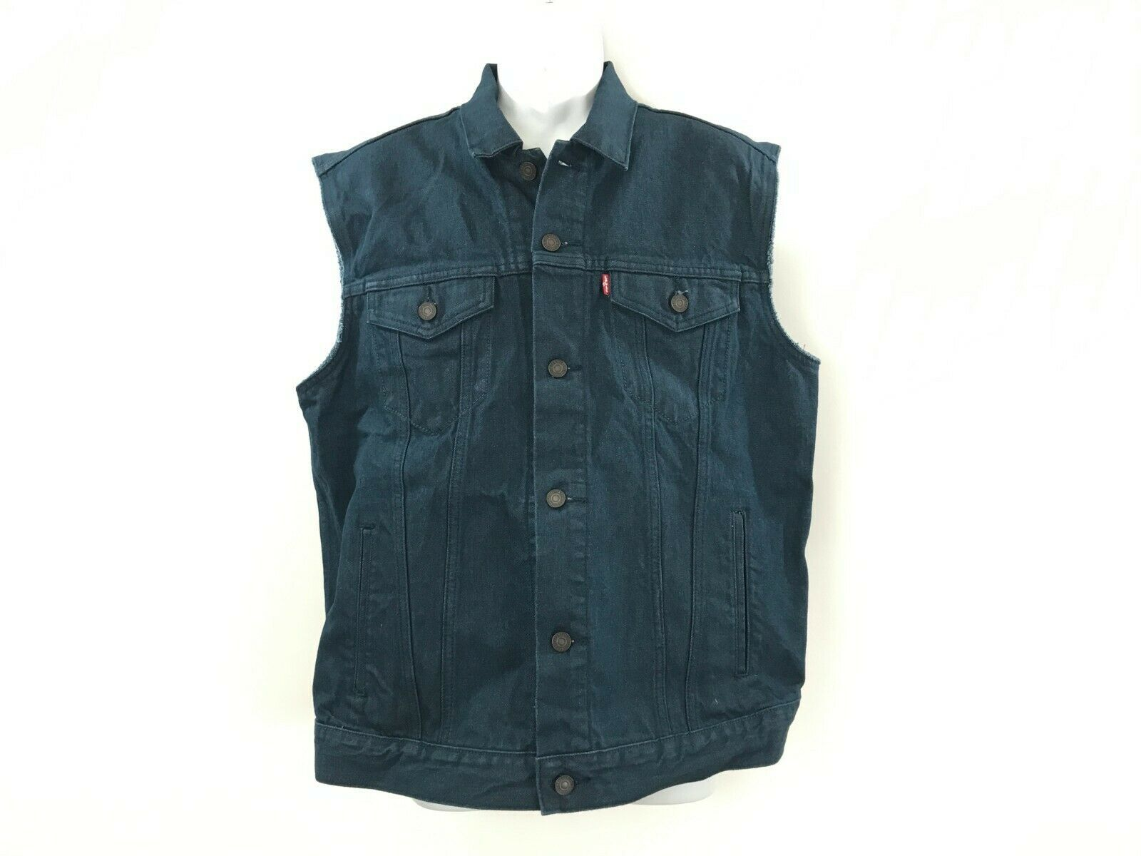 Primary image for Men's Levi's sleeveless blue jean denim vest jacket size M New tags