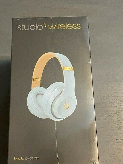 Beats Studio3 Wireless Noise Cancelling Over-Ear Headphones - Crystal Blue NEW