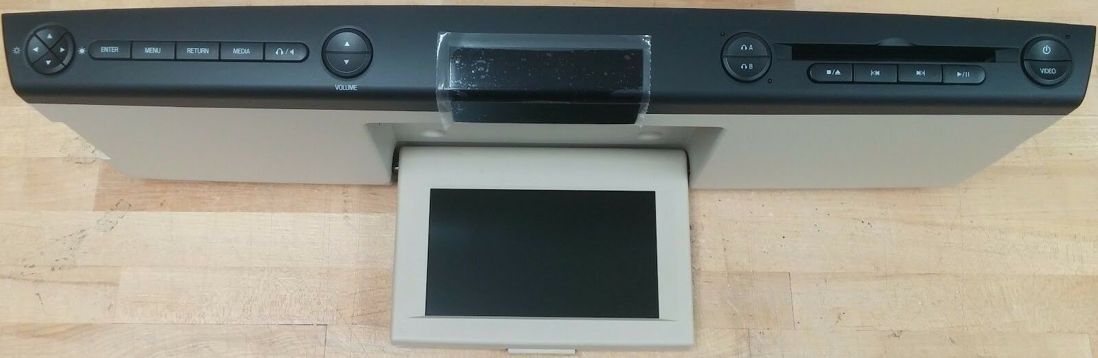 Ford overhead video rear entertainment system. DVD & LCD display screen. Med Tan - $153.09
