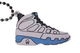 Good Wood NYC Tarheel Carolina Blue 9's Sneaker Necklace White/blue Shoes IX New