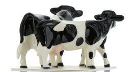 Hagen Renaker Miniature Holstein Bull, Cow and Calf Ceramic 3 Piece Figurine Set image 7