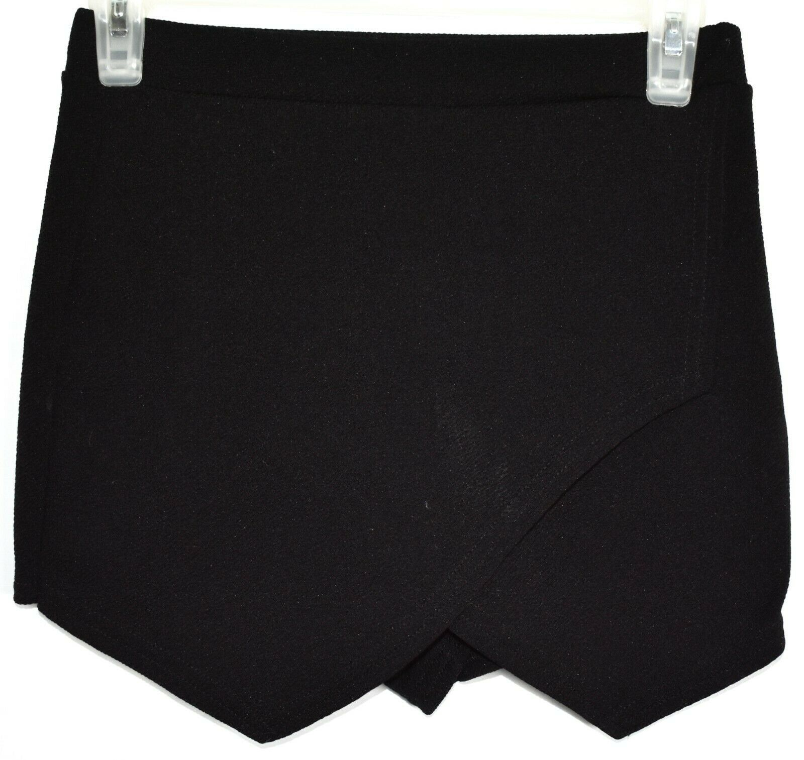 Boohoo Black Asymmetrical Envelope Textured Knit Skort Size US 4 | UK 8