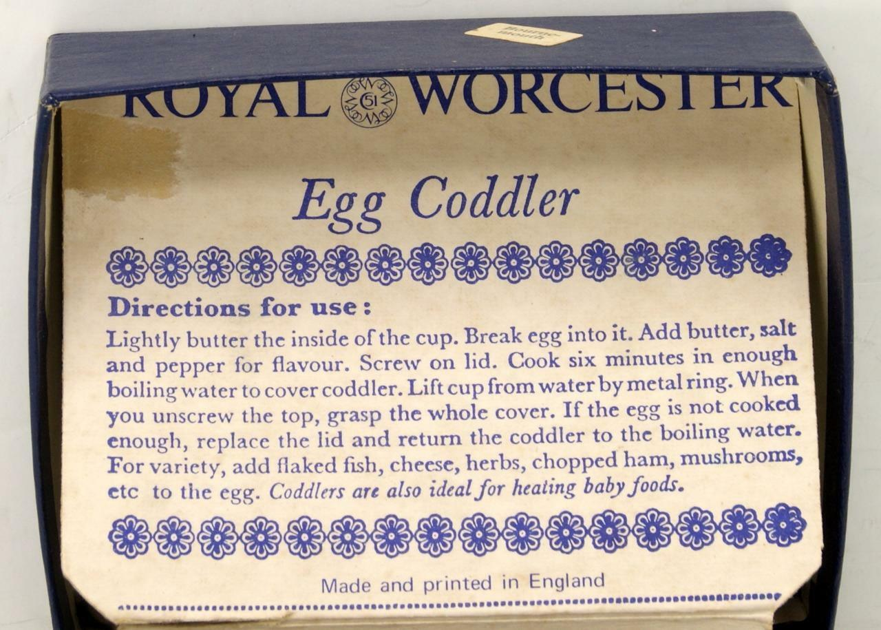 Vtg Royal Worcester Fine Porcelain Egg Coddler Set Bournemouth Pattern w/ Box