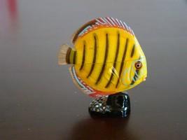 New Japan KAIYODO Furuta Choco Egg Yellow DISCUS FISH Miniature Pet Animal - $8.86