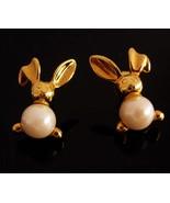 whimsical Rabbit earrings / Vintage bunny gold set  / Pearl earrings /  ... - $65.00