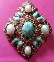 """Signed Sarah Cov """"Remembrance"""" Brooch /  Pendant Faux Turquoise & Faux Pearls - $9.89"""