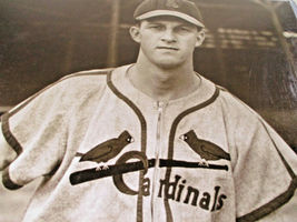 "STAN ""THE MAN"" MUSIAL / AUTOGRAPHED 16 X 20 CARDINALS 1942 ROOKIE PHOTO / HOLO image 3"
