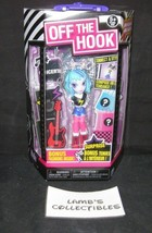Off The Hook Spinmaster Bonus Fashion Inside Naia Blue Action Figure Doll - $8.05