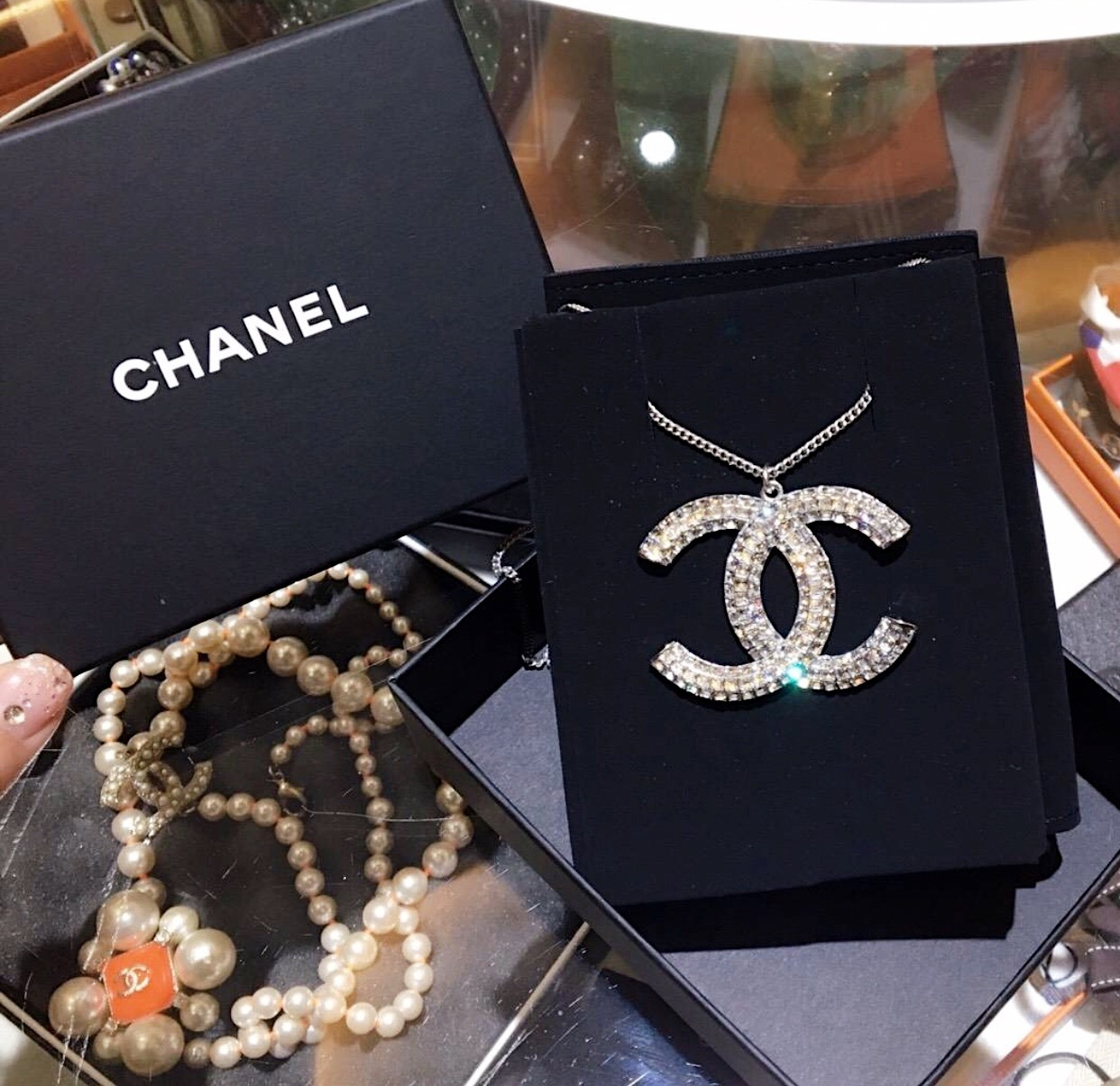 Primary image for BNIB 100% AUTHENTIC CHANEL 2017 LARGE CRYSTAL CC LOGO PENDANT NECKLACE SILVER