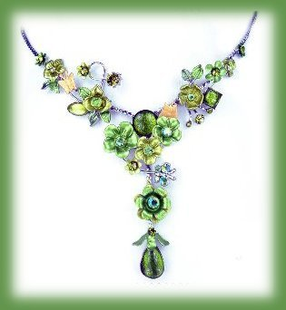 Ne emerald green floral petite