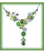 Emerald Green Necklace & Earring Set Floral w/Butterflies - £15.28 GBP