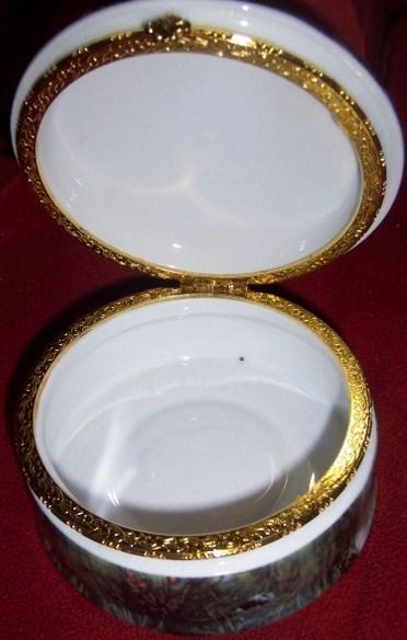 Wild Horses Porcelain Hinged Trinket Box NEW Ponies
