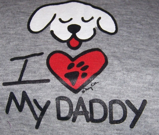 I Heart My Daddy Kool Dog Tee NEW Size Medium Gray