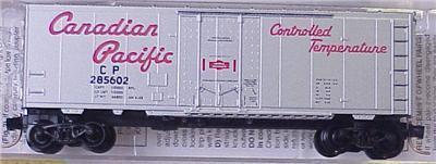 Micro Trains 74040/3 Canadian Pacific 40' Boxcar 285605