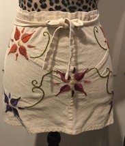 EMBROIDERED FLOWERS MUSLIN APRON A9 - $12.19