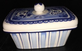 Handpainted Delft Holland Covered Dish Casserole Chickens Ceramic - $24.70
