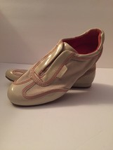 Nike Air Women's Size 6B N C Haan Sneaker Loafer - $10.99