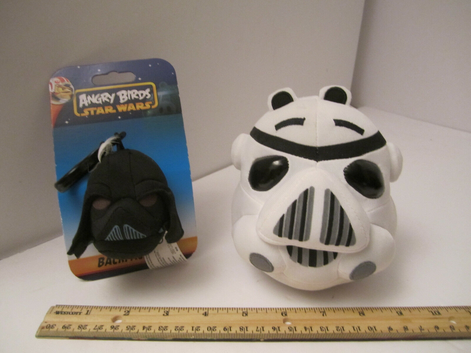 Angry Bird Star Wars Plush Stormtrooper Pig + Darth Vader Clip NM PRE-OWNED image 2