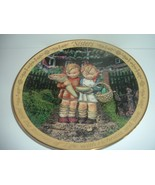 Hummel Goebel Plate Sisters With Richness and Love - $14.24