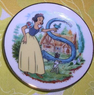 Disney Snow White Porcelain Japan WDP plate