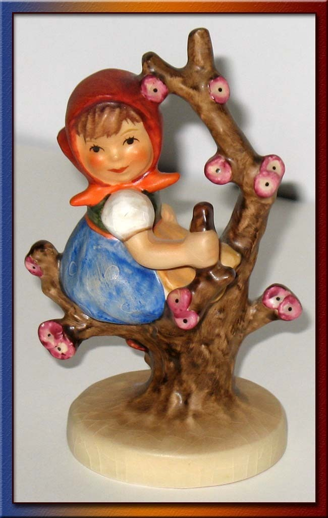 Apple Tree Girl Hummel 141 Figurine