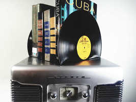 Vinyl Record Bookends -Vintage Bookends for music enthusiasts add charm ... - $12.95+