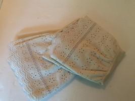 Beige Pillowcase SET Eyelet Ruffle Trim Standard Pair Fieldcrest USA - $17.82