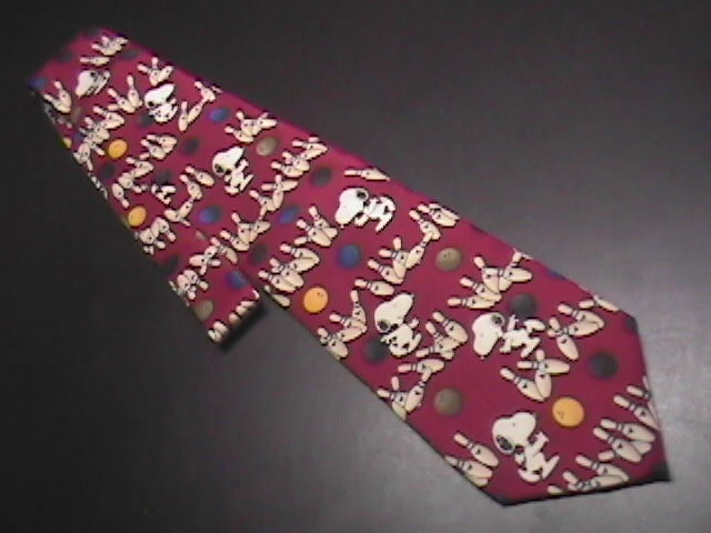 Tie peanuts snoopy   friends strike 01