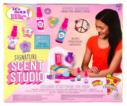 New It's So Me Signature Scent Studio Sweet Scented Perfumes Body Shimmer Tatoos image 4